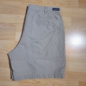 PATAGONIA velcro pocket shorts